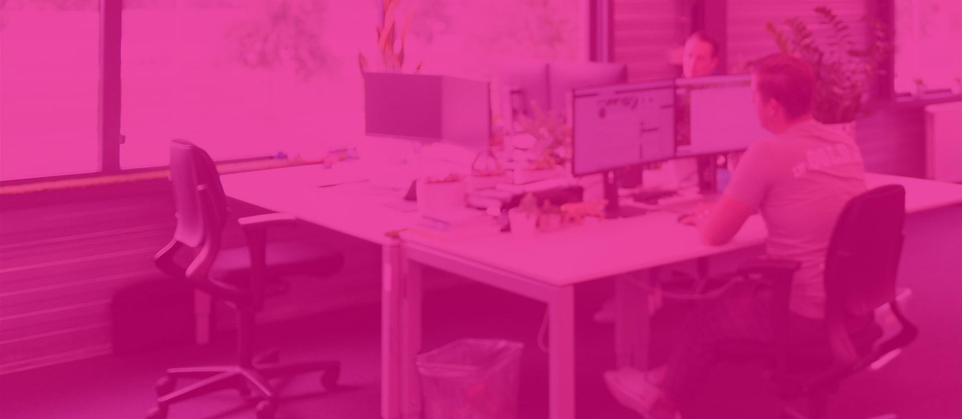 ec-office-bg-1